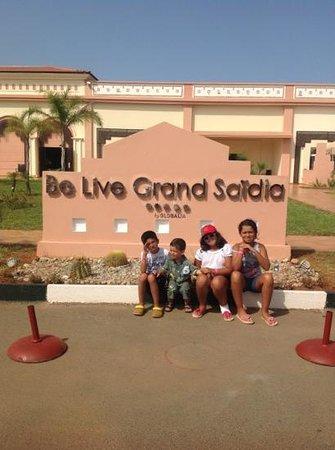 Be Live Collection Saidia: aya aherdan a be live grande saidia *****