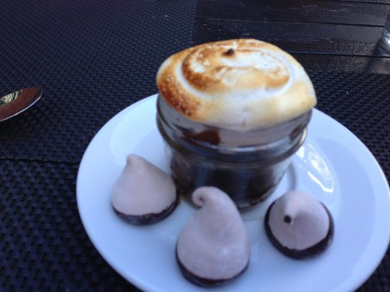 Pure Spirits Oyster House & Grill: s'mores in a jar