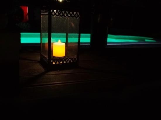 Zazen Location: C'est magique aussi la nuit