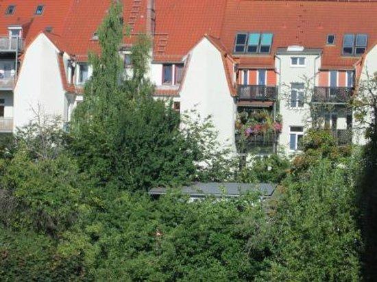 Ibis Rostock am Stadthafen: Low rise apartments
