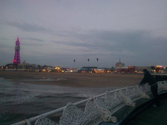 The Trafford Hotel: Blackpool pier