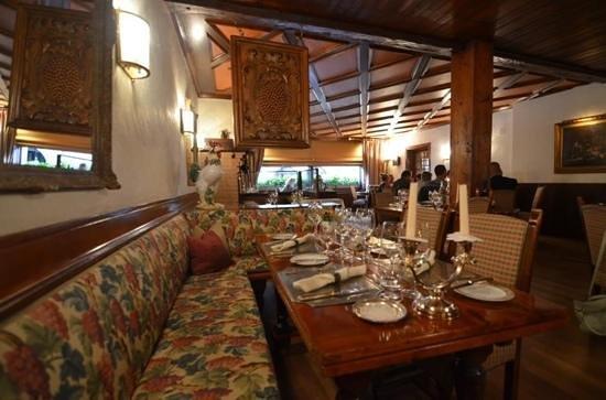 Auberge du Raisin: dinning room