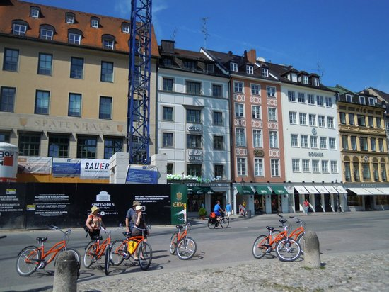 Discover Munich with Lenny's Bike Tour: The group