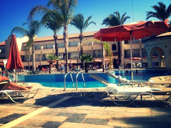 Napa Plaza Hotel: Pool area