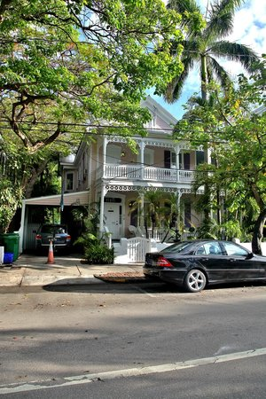 Ambrosia Key West Tropical Lodging: B & B House