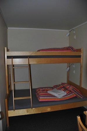 Flam Camping and Youth Hostel: twin bed