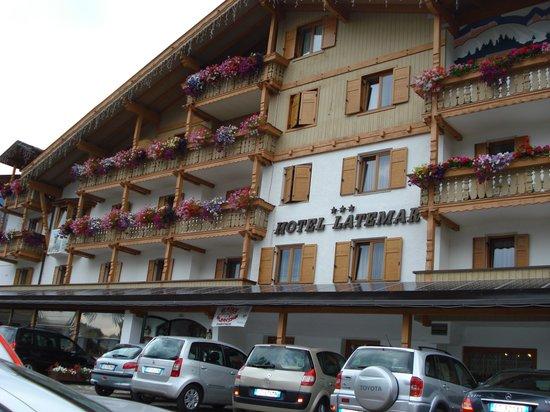 Hotel Latemar Spitze : hotel Latemar - fronte