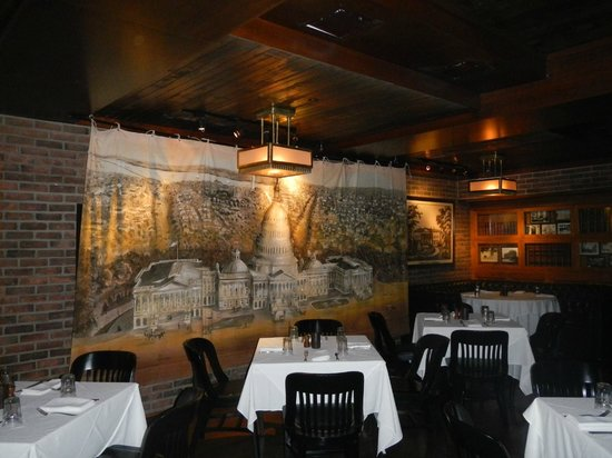 P.J. Clarke's DC: Exclusive members-only dining area
