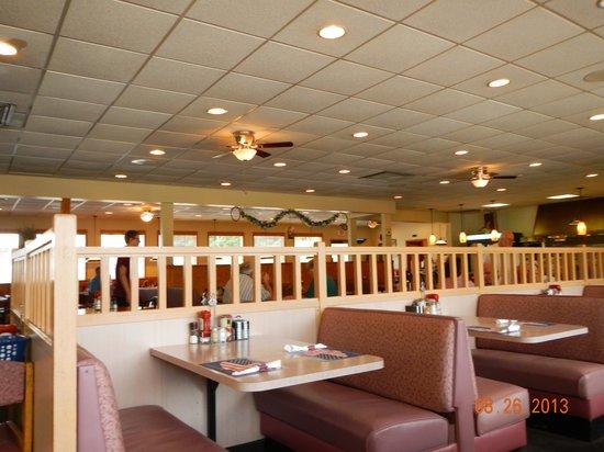 Marysville Diner: interior