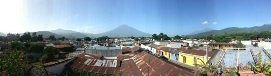 Posada La Merced Antigua : another pano from the rooftop