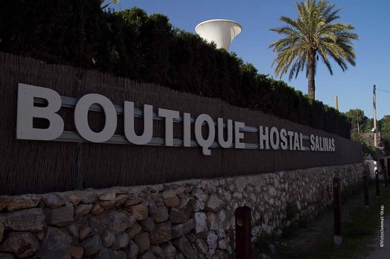 Boutique Hostal Salinas: The Outside of the Hotel