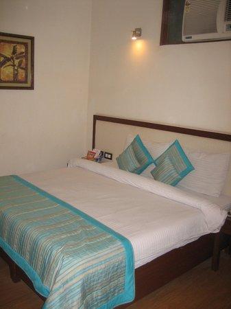 Pals Inn: ホテル室内