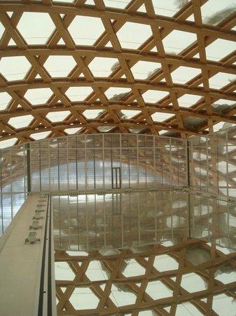 Centre Pompidou-Metz: Céu e chäo de estrelas