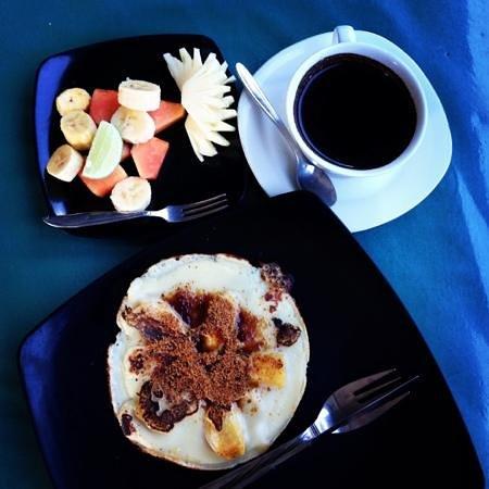 Kunang-Kunang Guesthouse: breakfast