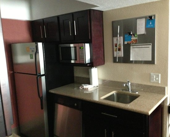 HYATT House Dallas/Las Colinas : kitchen