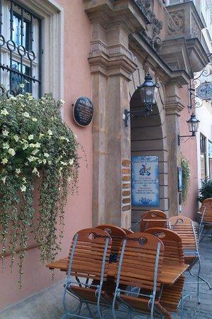 Oskar - Das Wirtshaus am Markt : Outside Oskars