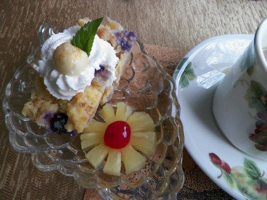 Raphael Inn: Our Breakfast Appetizer
