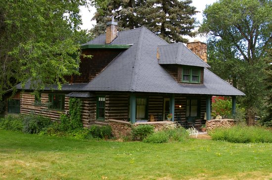 Four Mile Creek Bed and Breakfast: The Main House