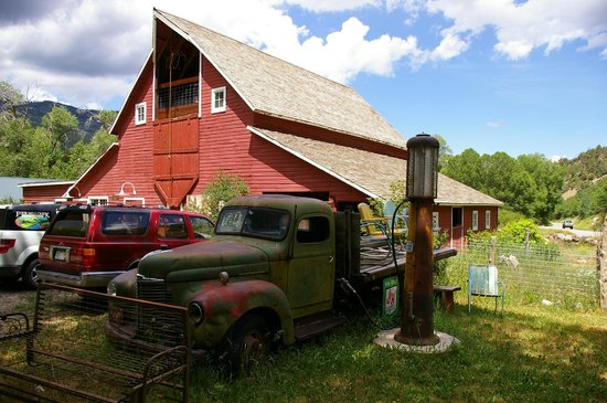 Four Mile Creek Bed and Breakfast: The Barn