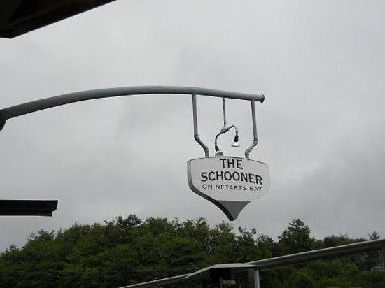 The Schooner Restaurant & Lounge: The Schooner