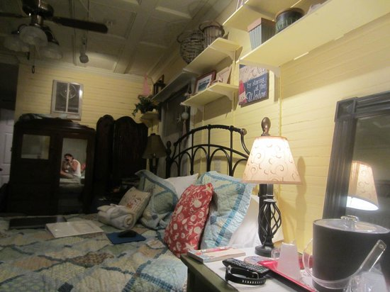 The Captain's Stay: Another Crow's Nest room picture