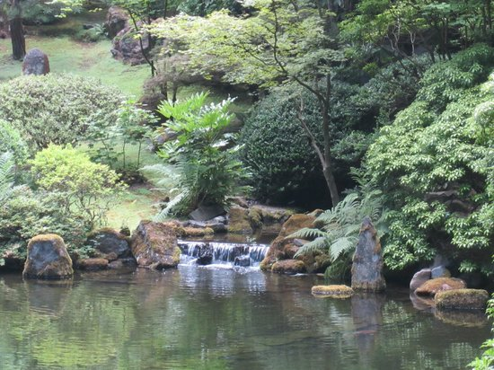 Japanese garden picture of portland japanese garden portland tripadvisor for Portland japanese garden free day