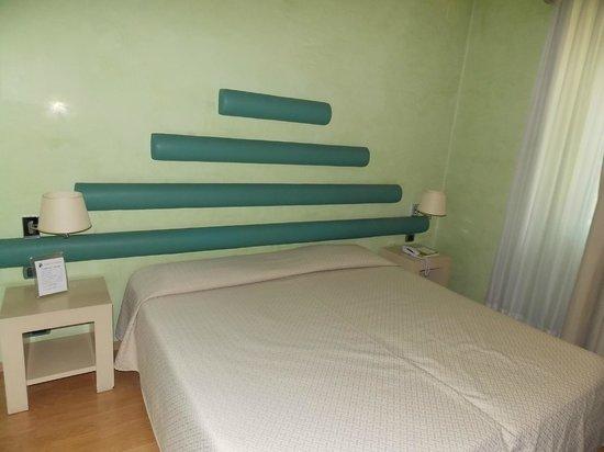 La Fortezza: los chorizos sobre la cama jaja muy elegantes...