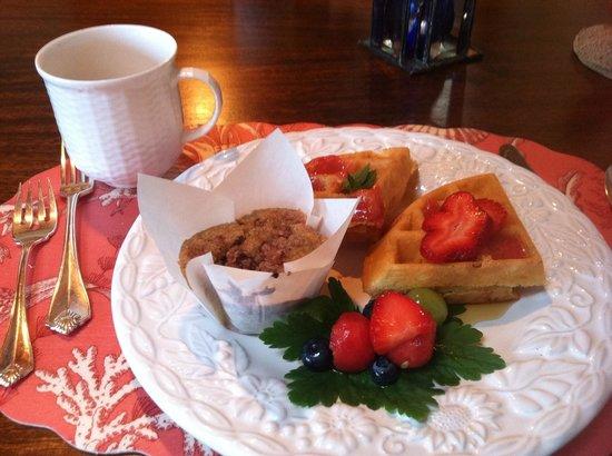Inn at Bay Ledge: Breakfast!