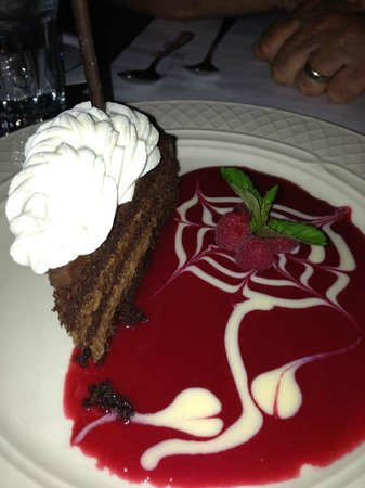 Mario's Restaurant: Chocolate Mousse Cake....Delectable!!!!