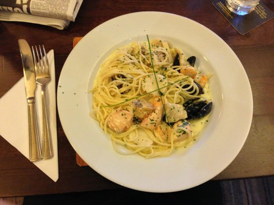 The Albert: Seafood spaghetti