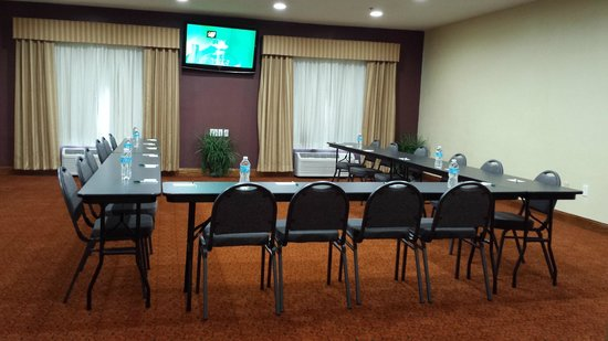 Country Inn & Suites By Carlson, Topeka West: Meeting Room