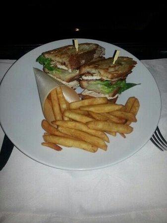 Sofitel Brisbane Central: club sandwich