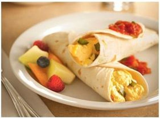 Country Inn & Suites By Carlson, Topeka West: Breakfast Burritos