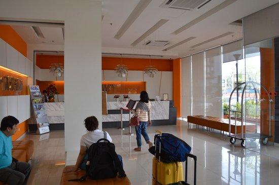Marvelux Hotel: Hotel reception area...