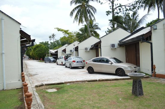 Shahs Beach Resort Park Your Vehicle Right Behind Unit