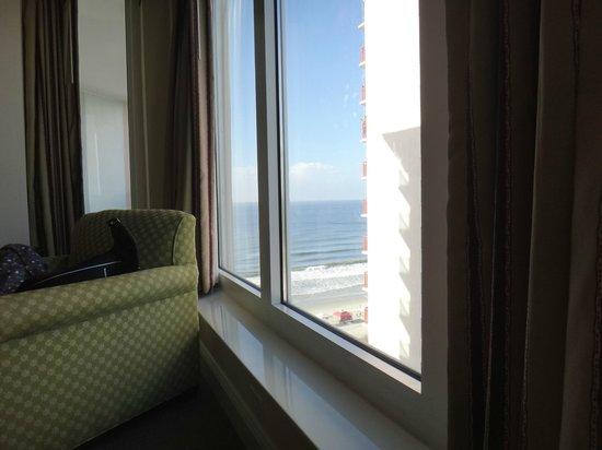 Atlantic Breeze Ocean Resort, Oceana Resorts: View from living room
