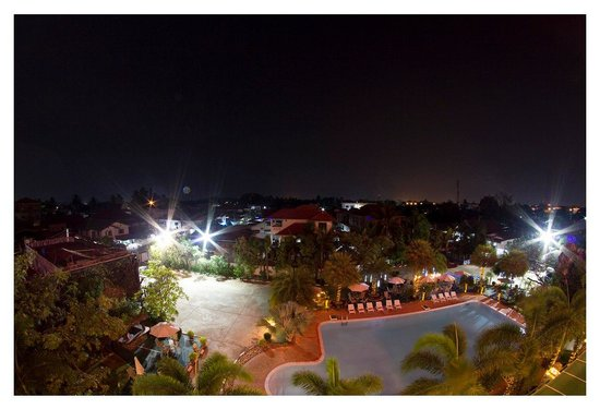 Leuxay Hotel : View from our room at night.