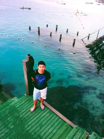Scuba Junkie Mabul Beach Resort: At dive center