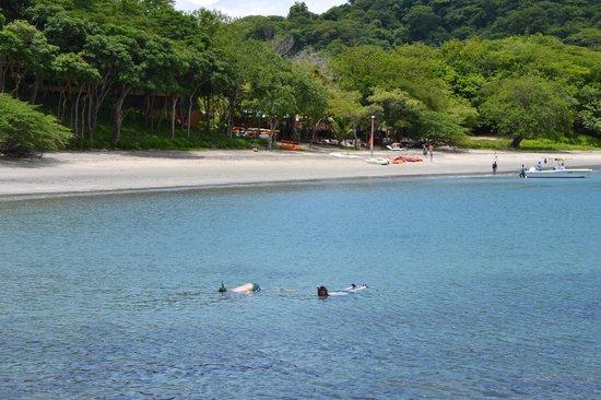 Four Seasons Resort Costa Rica at Peninsula Papagayo: Bay side beach