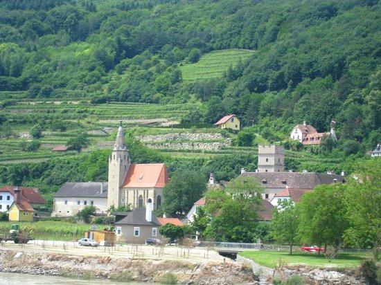 Wein & Wachau: Views along the boat trip