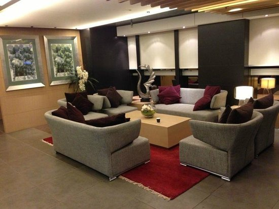 Yin Serviced Apartments: Level 3 Lobby/Check-in