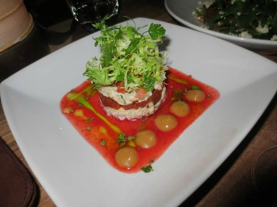 Chez Gado Gado : crab salad with strawberry