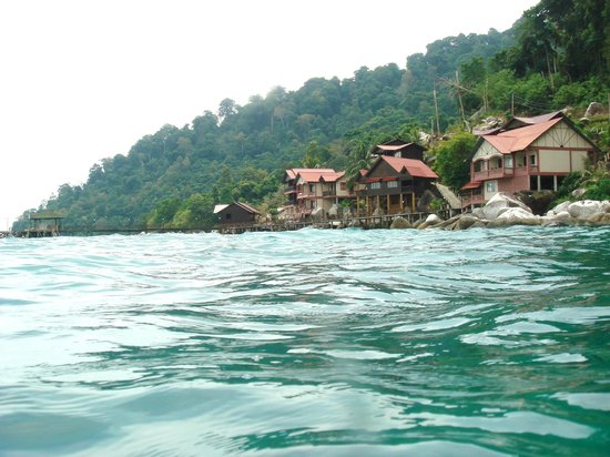 Panuba Inn Resort: hotel from sea