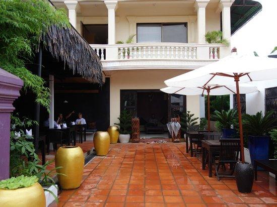 The Villa Siem Reap: 外観