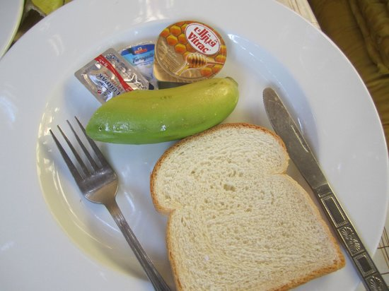 SeaHorse Hotel: Healthy breakfast - comes with tea or coffee