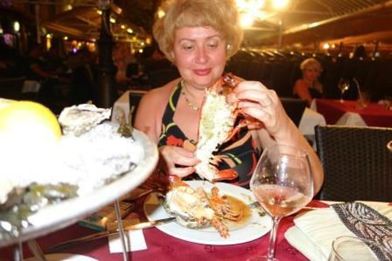 Star Hotel: омары на ужин