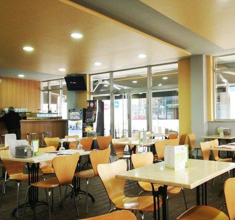 La Cantina del Puerto: cafetería