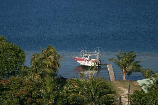 Bora Bora Fishing Paradise Lodge: le bateau de Daniel