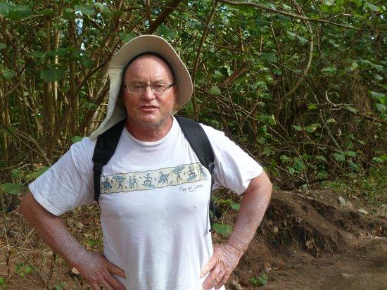 Bora Bora Fishing Paradise Lodge: Daniel qui nous accompagne dans les randonnées
