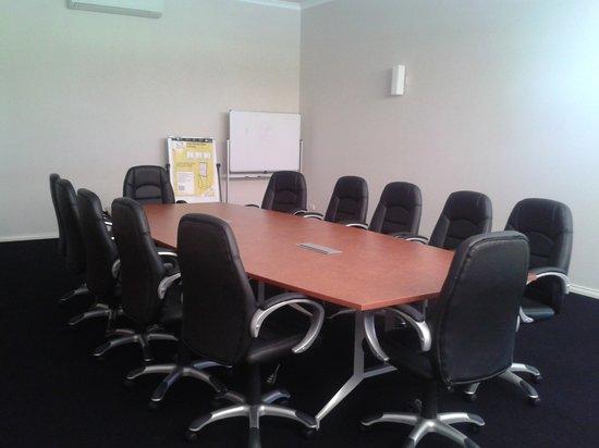 Comfort Inn & Suites Collie : Boardroom/Conference Room